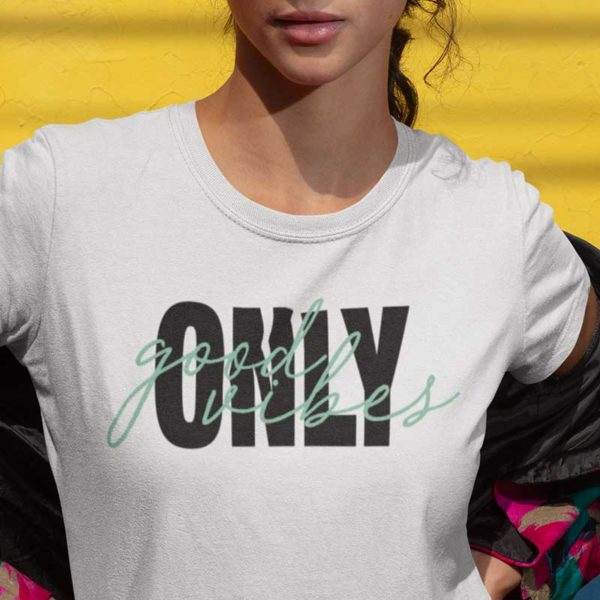 "Zoom T-shirt ""ONLY GOOD VIBES"""
