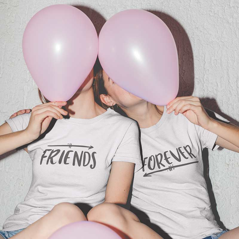 maglietta-t-shirt-friends-forever-wippio-abbigliamento-donna-