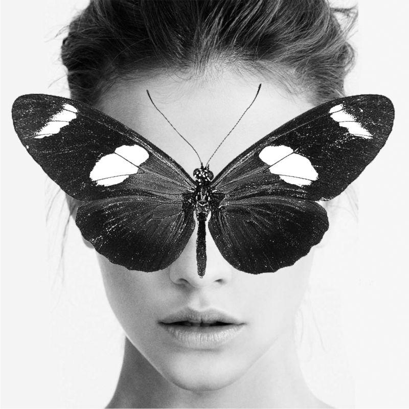 maglietta-butterfly-tshirt-bianca-collezione-influencer-instagram-moda-shop-online